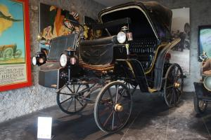 Прикрепленное изображение: 1897 Motocarrozza Tipo Vittoria.JPG