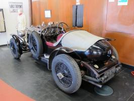 Прикрепленное изображение: 1926 Bentley 4,5 Litre-03.JPG
