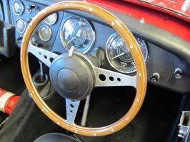 Прикрепленное изображение: 1955 Triumph TR2-04.JPG