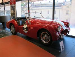Прикрепленное изображение: 1955 Triumph TR2-01.JPG