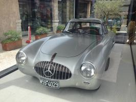 Прикрепленное изображение: 1952 Mercedes-Benz 300SL-02.JPG