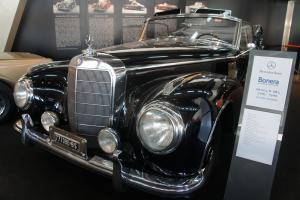 Прикрепленное изображение: 1952 Mercedes-Benz 300S.JPG