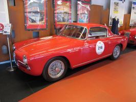 Прикрепленное изображение: 1956 Alfa Romeo 1900 C Super Sprint.JPG