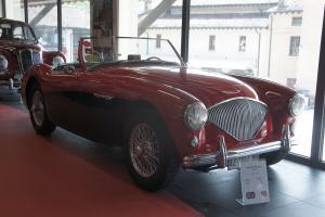 Прикрепленное изображение: 1956 Austin Healey 100M.JPG