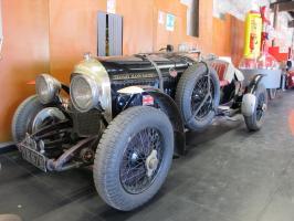Прикрепленное изображение: 1926 Bentley 4,5 Litre-01.JPG