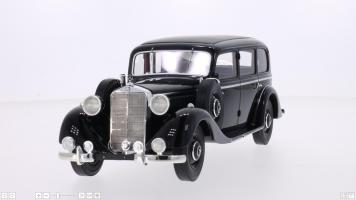Прикрепленное изображение: 1937 Mercedes 260D 2.jpg