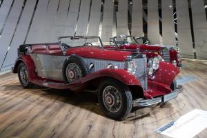Прикрепленное изображение: Mercedes-Benz-500-K-Offener-Tourenwagen-49911.jpg