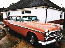 Прикрепленное изображение: Chrysler Windsor Town & Country Wagon - 1955.02.jpg