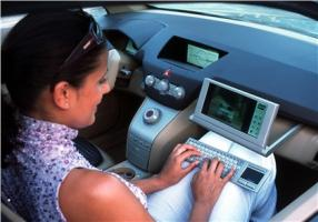 Прикрепленное изображение: 2001-Opel-Signum2-Concept-09.jpg