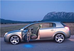 Прикрепленное изображение: 2001-Opel-Signum2-Concept-12.jpg