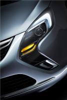 Прикрепленное изображение: 2011_Opel_Zafira_Tourer_Concept_04.jpg