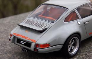 Прикрепленное изображение: Porsche Singer (11).jpg