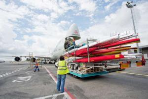 Прикрепленное изображение: olympia2016-loading-aircraft--global-ru--data.jpg