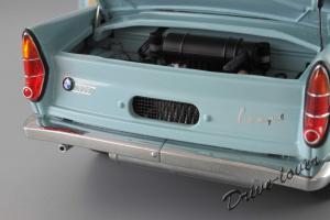 Прикрепленное изображение: BMW 700 Coupe Autoart 70653_11.jpg
