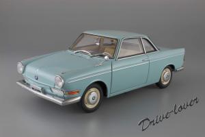 Прикрепленное изображение: BMW 700 Coupe Autoart 70653_01.jpg
