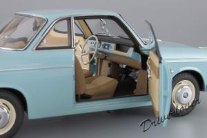 Прикрепленное изображение: BMW 700 Coupe Autoart 70653_13.jpg
