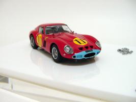 Прикрепленное изображение: Ferrari 250 GTO 4399GT Tourist Trophy 1963 G. Hill_9.jpg