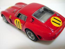Прикрепленное изображение: Ferrari 250 GTO 4399GT Tourist Trophy 1963 G. Hill_5.jpg