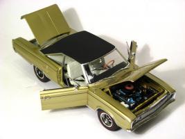 Прикрепленное изображение: 1967 Coronet RT-6.jpg