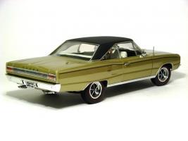 Прикрепленное изображение: 1967 Coronet RT-3.jpg