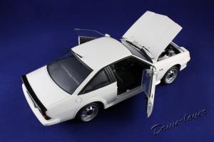 Прикрепленное изображение: Opel Manta GT-E Revell 08422_07.jpg