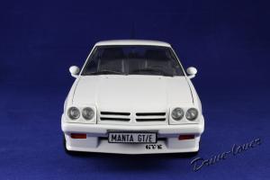 Прикрепленное изображение: Opel Manta GT-E Revell 08422_04.jpg