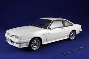 Прикрепленное изображение: Opel Manta GT-E Revell 08422_01.jpg