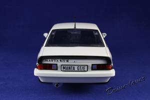 Прикрепленное изображение: Opel Manta GT-E Revell 08422_05.jpg