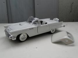 Прикрепленное изображение: Ford Thunderbird 1957 (11).jpg