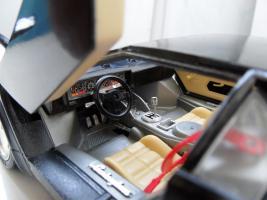 Прикрепленное изображение: Lamborghini Countach LP5000 S Quattrovalvole 1985-1989 (8).jpg