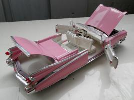 Прикрепленное изображение: Cadillac Eldorado Biarritz 1959 (10).jpg