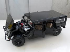 Прикрепленное изображение: Hummer H1 Wagon 1992-2005 (12).JPG