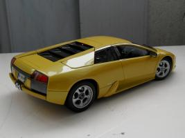 Прикрепленное изображение: Lamborghini Murcielago 2001-2006 (2).jpg