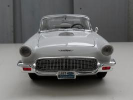 Прикрепленное изображение: Ford Thunderbird 1957 (4).jpg
