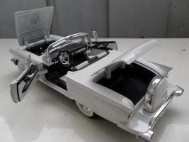 Прикрепленное изображение: Ford Thunderbird 1957 (10).jpg