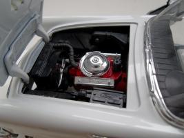 Прикрепленное изображение: Ford Thunderbird 1957 (9).jpg