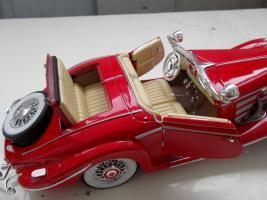 Прикрепленное изображение: Mercedes-Benz 500K Special Roadster 1936 (10).JPG
