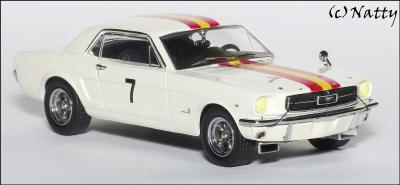 Прикрепленное изображение: 1966 Ford Mustang Bob Jane Winner Bathurst Easter Races - Apex Replicas - AR0203 - 2_small.jpg