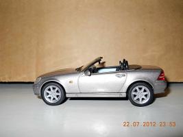 Прикрепленное изображение: Colobox_Mercedes-Benz_SLK_R170_Solido~04.jpg