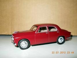 Прикрепленное изображение: Colobox_Alfa-Romeo_1900_Super_Polizia_M4~02.jpg