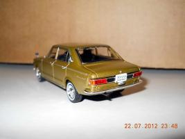 Прикрепленное изображение: Colobox_Toyota_Corona_Mark_2_T60_Norev~03.jpg