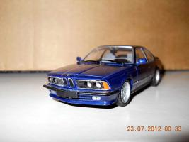 Прикрепленное изображение: Colobox_BMW_M635CSi_E24_Minichamps~03.jpg