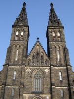Прикрепленное изображение: 218 - Прага. Вышеград, фасад храма Петра и Павла.JPG