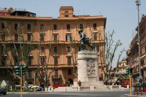 Прикрепленное изображение: IMG_ 012 - Площадь Porta Pia.jpg