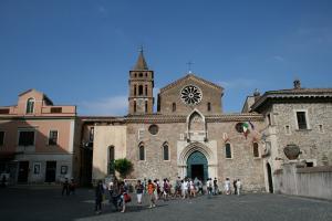 Прикрепленное изображение: IMG_ 541 - Тиволи. Церковь Санта-Мария-Маджоре.jpg