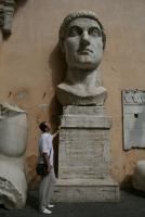 Прикрепленное изображение: IMG_ 046 - Музеи Капитолия. Колосс Константина.jpg