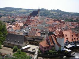Прикрепленное изображение: 312 - Чешский Крумлов. Вид на город с замкового моста.JPG