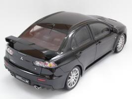 Прикрепленное изображение: Mitsubishi Lanсer Evo X (2).JPG