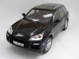 Прикрепленное изображение: Porsche Cayenne Turbo (4).JPG