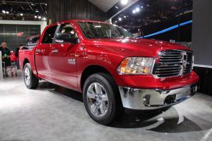 Прикрепленное изображение: 2014-new-dodge-ram-1500-red.jpg